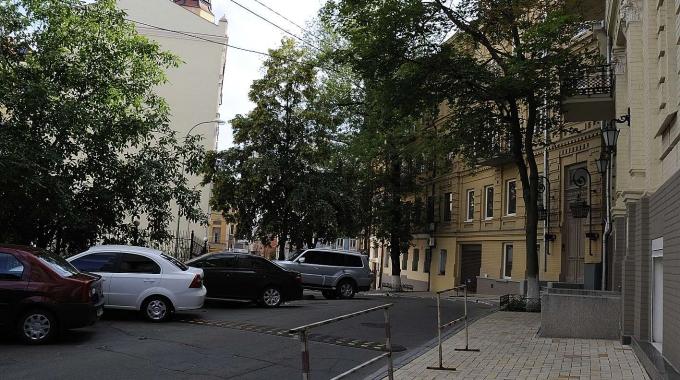пер. Михайловский 9а